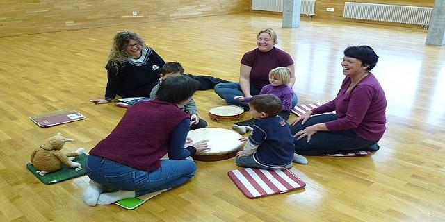 Sozial auffällige Kinder -Musiktherapie hilft