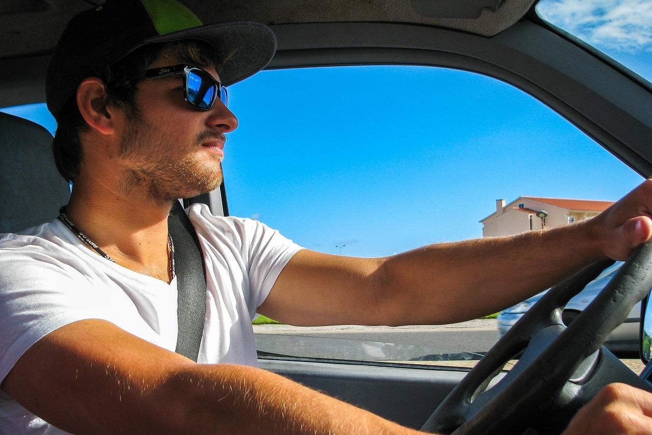 Musik im Auto, Gefährdung durch Ablenkung?